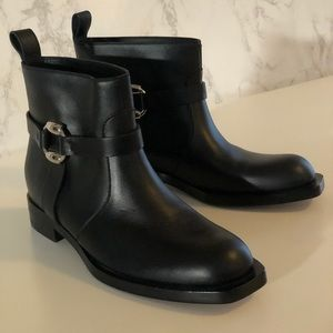 Gucci Black Leather Cirano Lux Ankle Boots